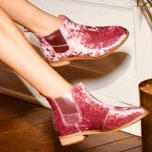 TOMS: Pink Velvet Booties